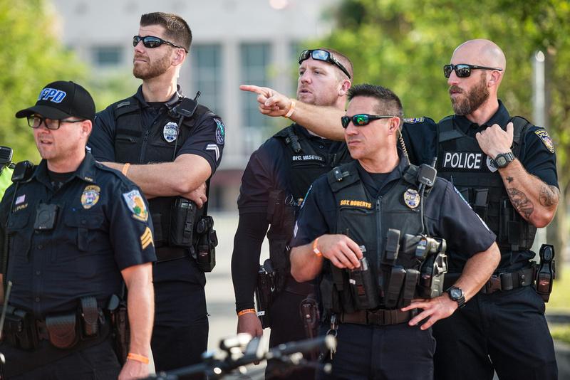 Richard Spencer visits UF Gainesville Photos 170893
