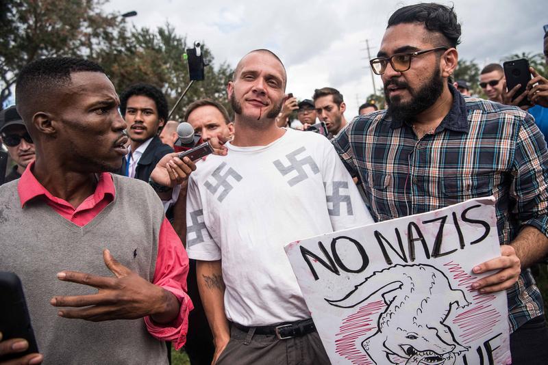 Richard Spencer visits UF Gainesville Photos 170047