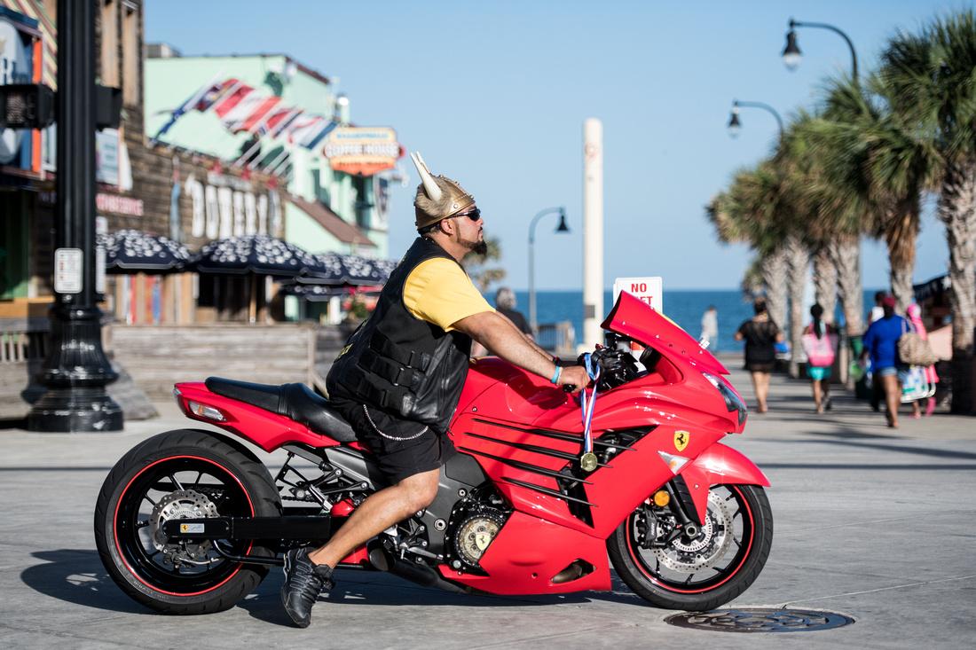 black bike week fri 009809
