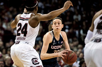 uconn south carolina 04014_