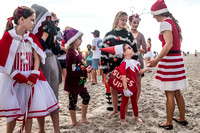 surfin santas by columbia sc photographer  0970