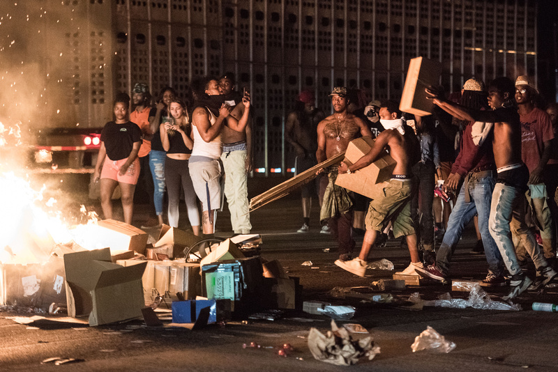 Charlotte Protests South Carolina photographer Sean Rayford