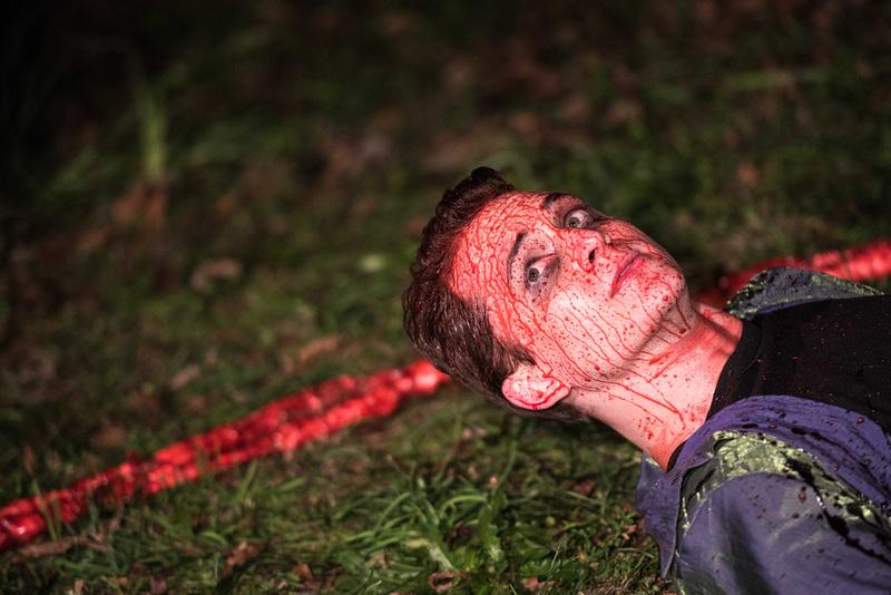 theta girl murder scene 46304_