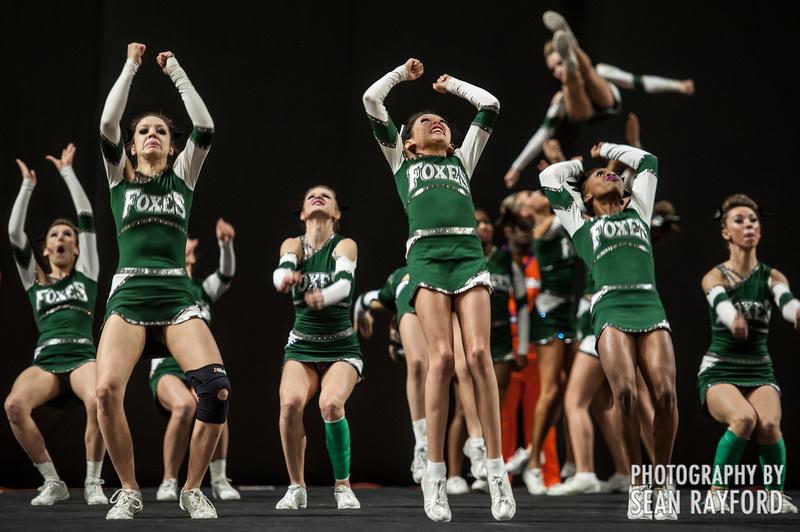 my favorite sport cheerleading