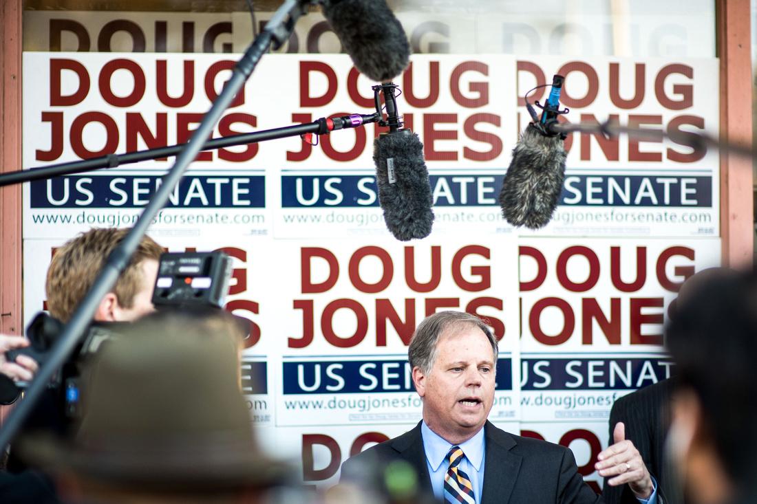 Doug JOnes vs Roy Moore for Congress 268094-3