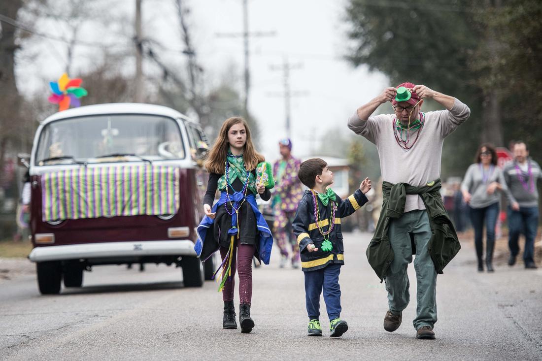 mardi gras parade columbia sc 028941